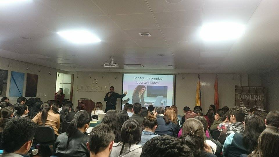 Conferencia «En la Mente del Emprendedor» – Universidad INPAHU