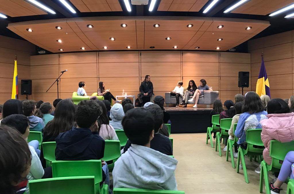 Conversatorio Colegio Érikaya Montessori La Calera con el Escritor David Gamboa Fajardo